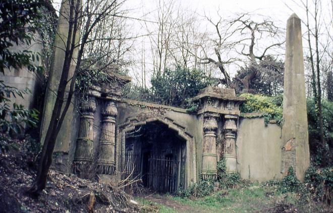 1403-London-Highgate-Cemete