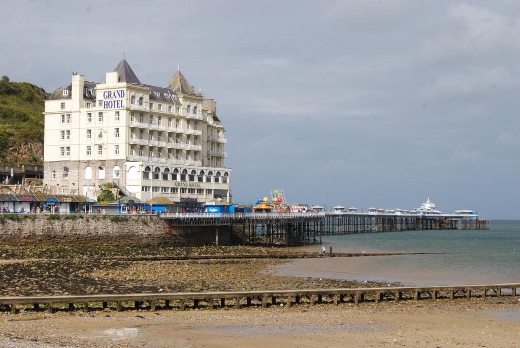 Grand Hotel & Pier, Llandudno