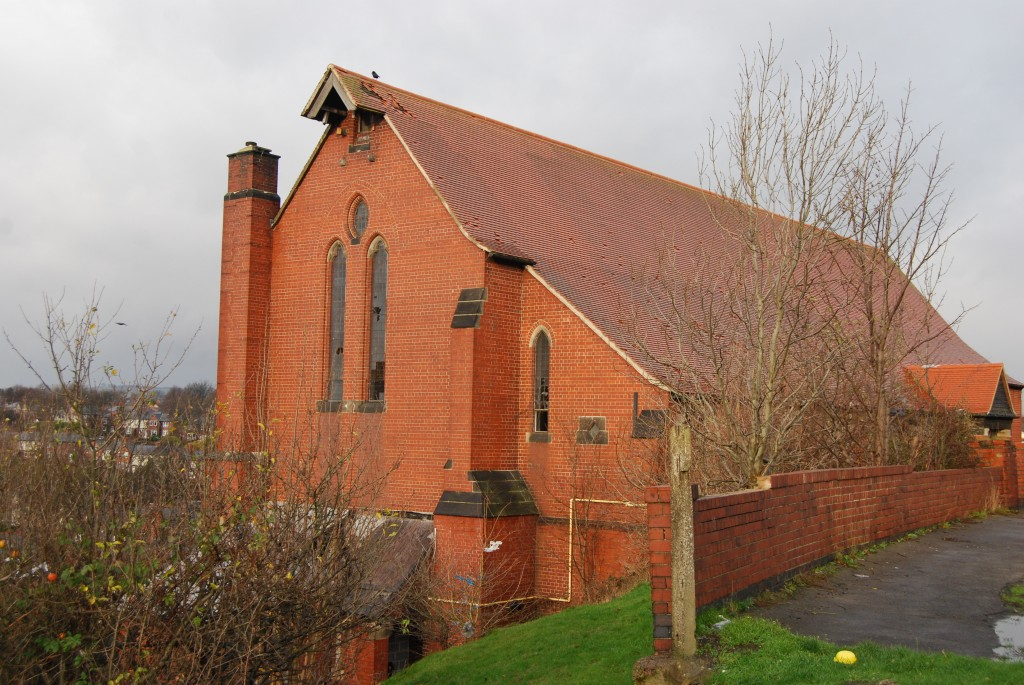 St Hilda's Church, Shiregreen, Sheffield (December 2011)