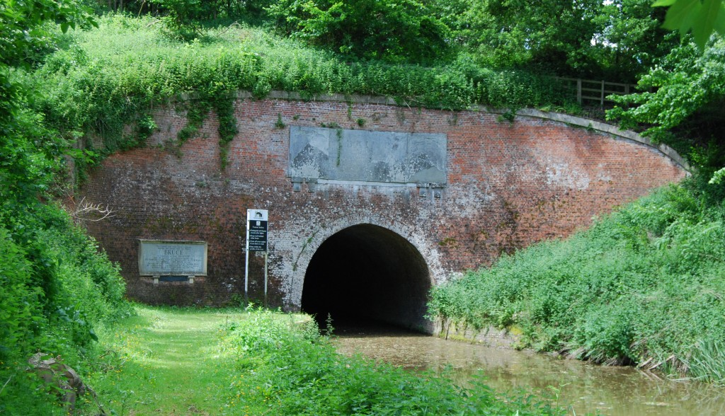 Bruce Tunnel, Kennet & Avon Canal, Wiltshire:  west portal