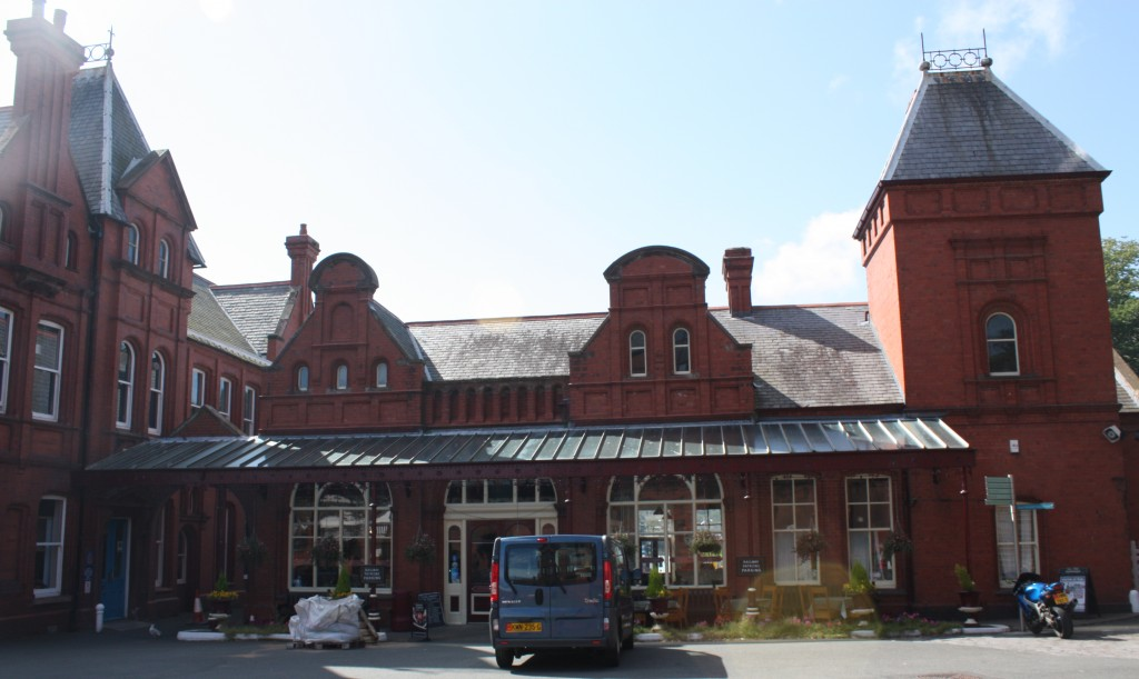 Railway Station, Douglas, Isle of Man:  entrance
